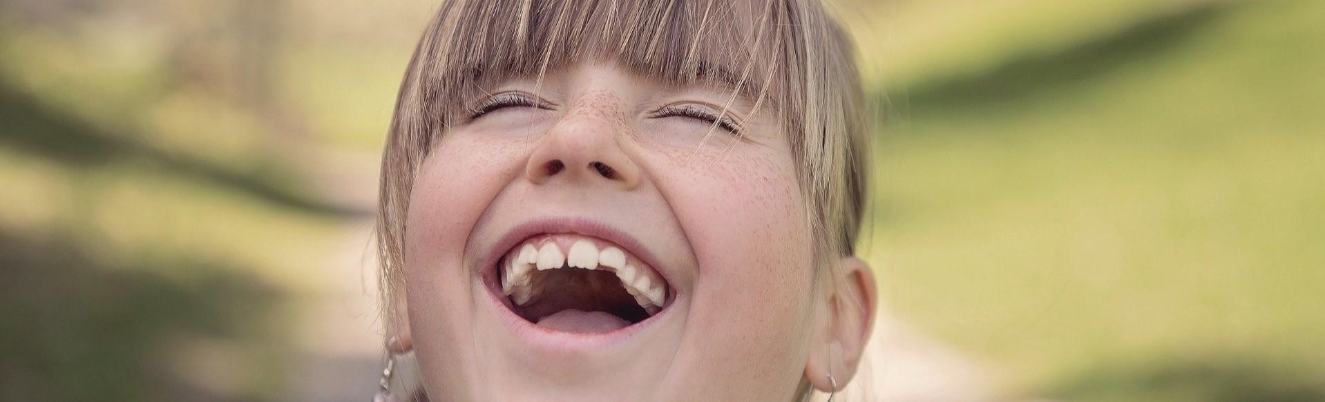 La importancia de reírse en familia